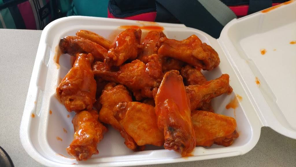 Wings & More - restaurant  | Photo 1 of 10 | Address: 1407 W 84th Ave, Denver, CO 80260, USA | Phone: (303) 427-3500
