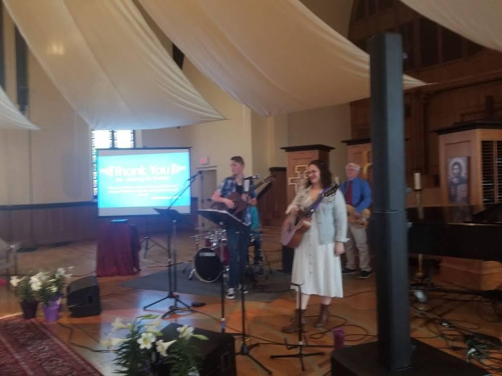 Calvary Presbyterian Church - church  | Photo 9 of 10 | Address: 628 N 10th St, Milwaukee, WI 53233, USA | Phone: (414) 271-8782