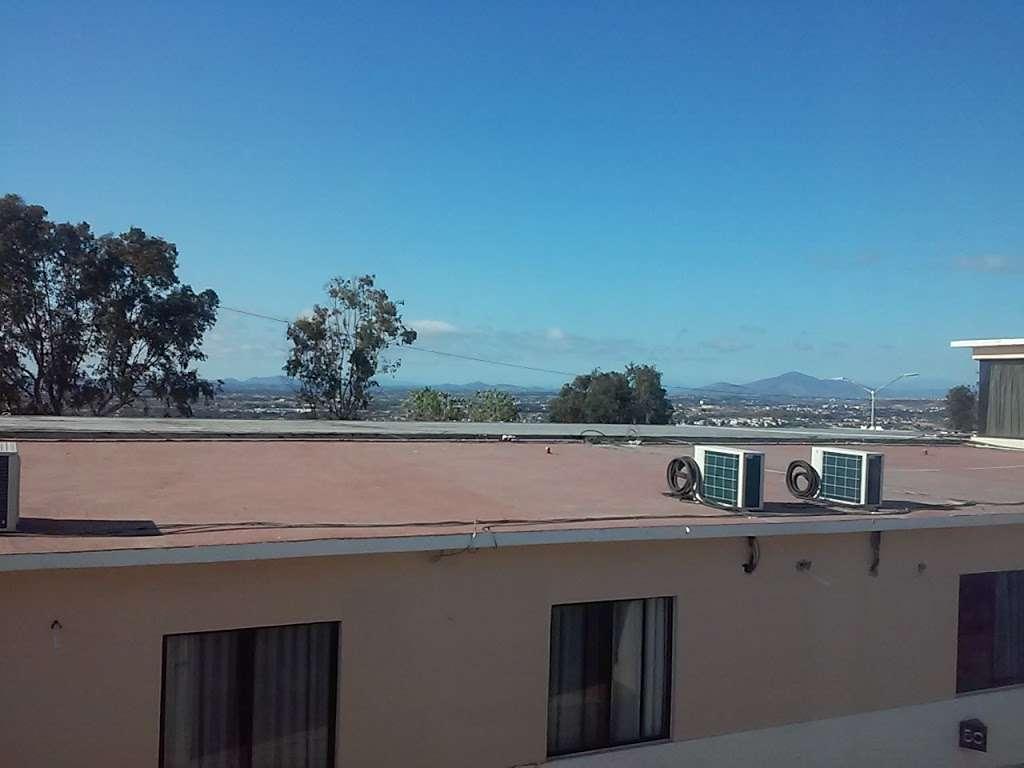 Motel El Mirador - lodging  | Photo 1 of 10 | Address: Gral. Ramón Arnaiz, Soler, 22530 Tijuana, B.C., Mexico | Phone: 664 166 2761