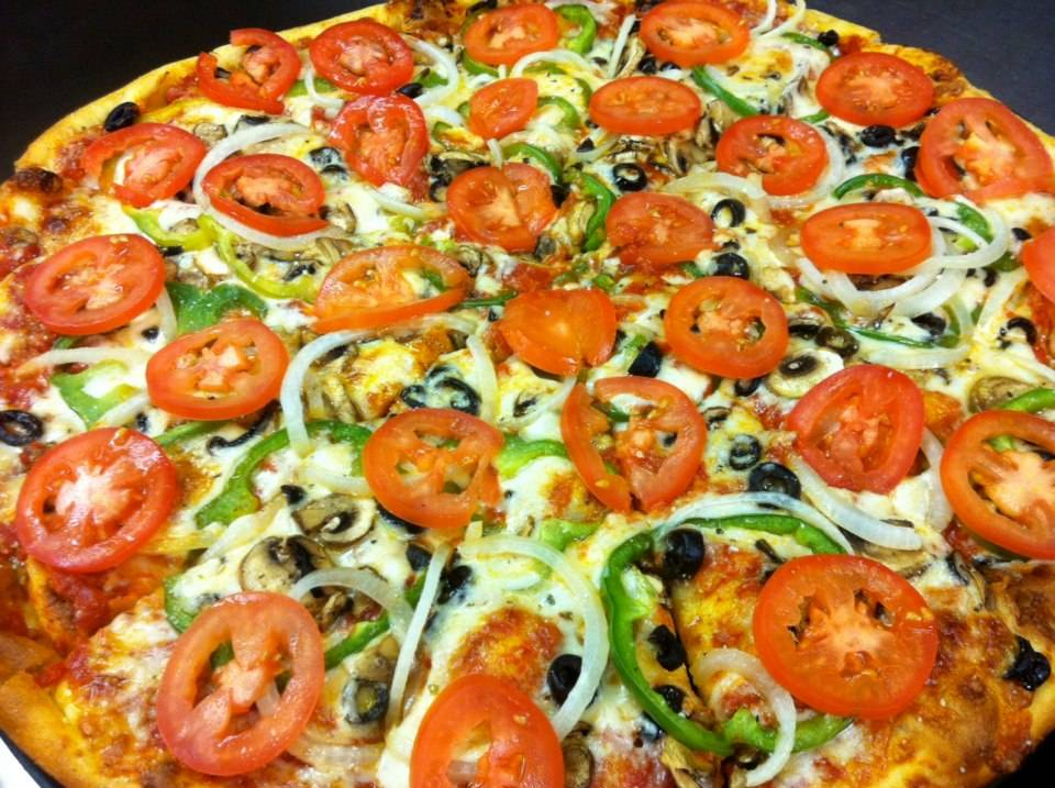 Uncle Joes Pizzeria - meal delivery  | Photo 2 of 10 | Address: 6839 Jewel Lake Rd, Anchorage, AK 99502, USA | Phone: (907) 248-9404