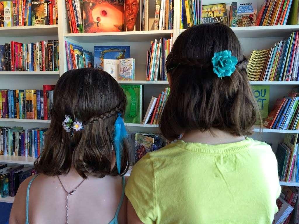 Edamama Cute Cuts & More - Hair Salon for Kids - hair care  | Photo 7 of 10 | Address: 568 Union Ave, Brooklyn, NY 11211, USA | Phone: (718) 388-3663