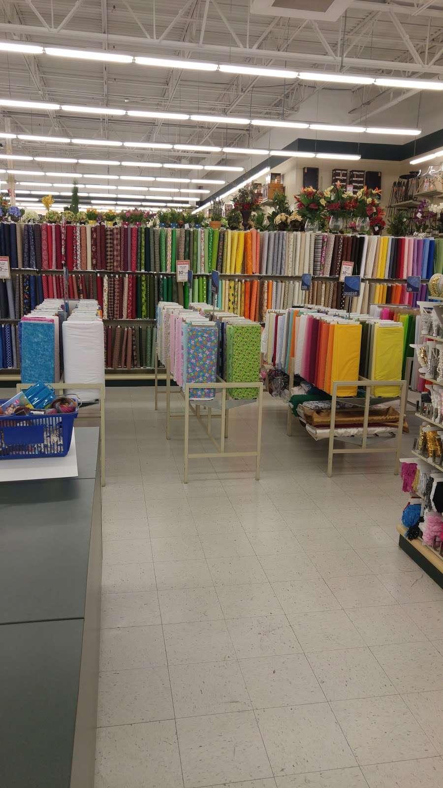 Hobby Lobby - home goods store  | Photo 1 of 10 | Address: 10575 E Washington St, Indianapolis, IN 46229, USA | Phone: (317) 897-1825