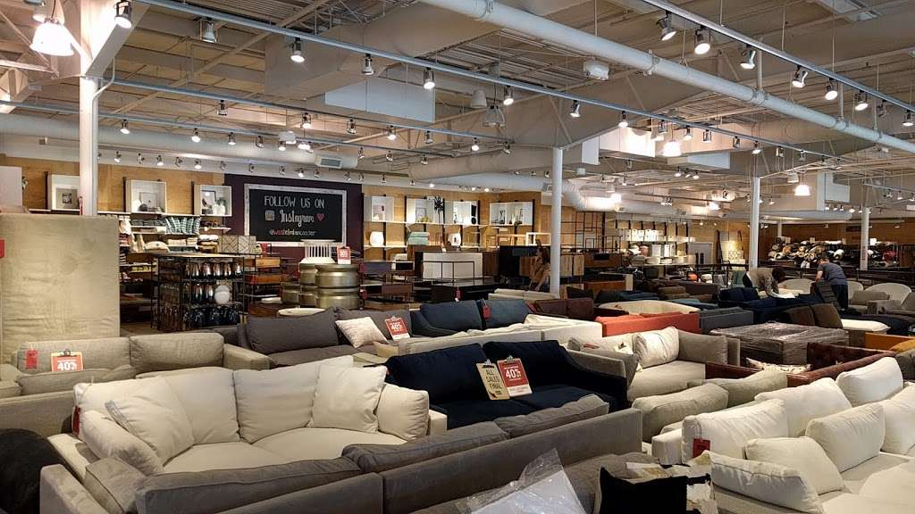 west elm Outlet - furniture store  | Photo 6 of 10 | Address: Lancaster Outlet, 35 S Willowdale Dr #1709, Lancaster, PA 17602, USA | Phone: (717) 299-7060