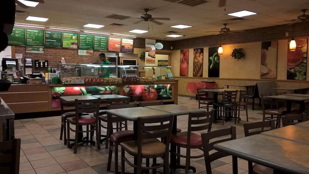 Subway - restaurant  | Photo 1 of 5 | Address: 199 E Main St, Russiaville, IN 46979, USA | Phone: (765) 883-3000