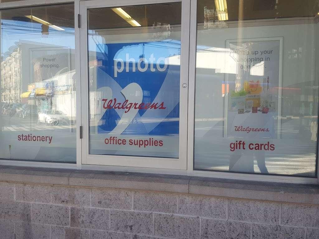 Walgreens - convenience store    Photo 6 of 10   Address: 1366 Broadway, Brooklyn, NY 11221, USA   Phone: (718) 452-6391