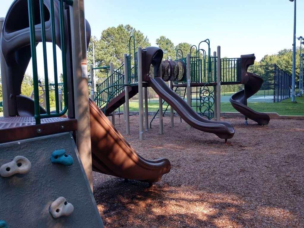 Levelle W. Dupell Park - park  | Photo 5 of 10 | Address: 6812 Newington Rd, Lorton, VA 22079, USA | Phone: (703) 324-8732