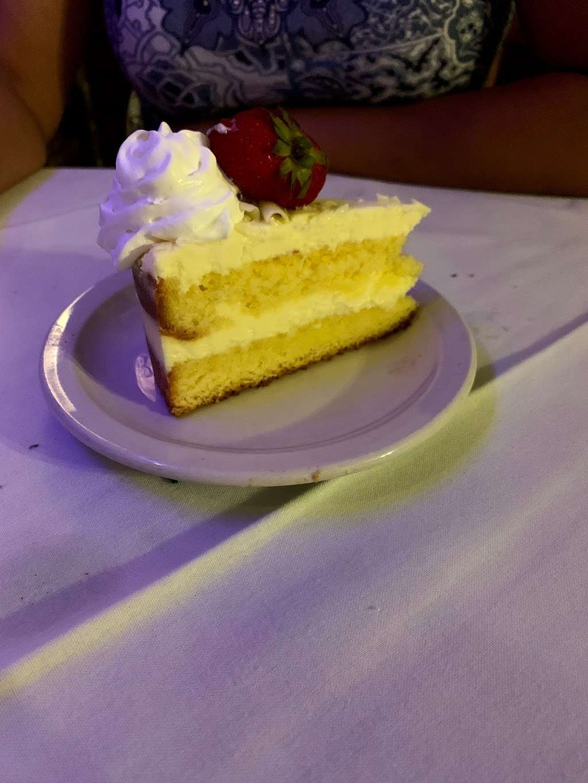 Pinocchios Italian Restaurant and Wine Store - restaurant  | Photo 6 of 10 | Address: 518 Salisbury Ave, Spencer, NC 28159, USA | Phone: (704) 636-8891