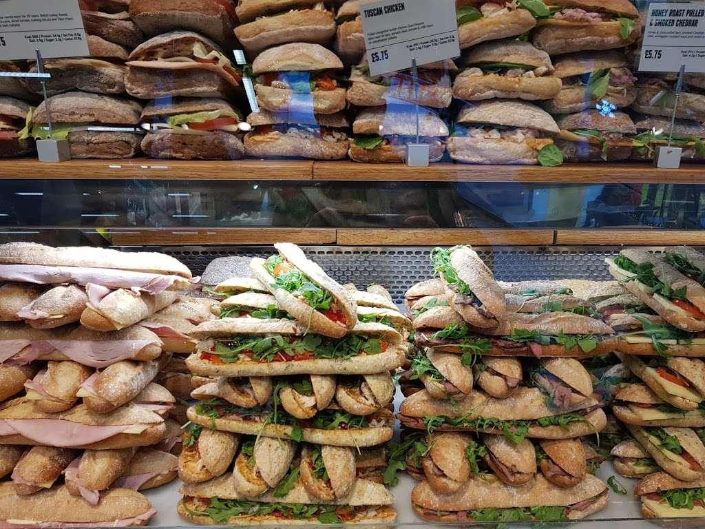 Benugo St Pancras Station - cafe    Photo 9 of 10   Address: St Pancras Station, 32-33 Euston Rd, Kings Cross, London N1C 4QP, UK   Phone: 020 7833 0201