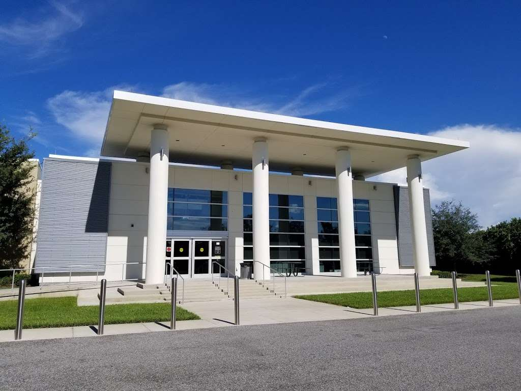 West Osceola Branch Library - library  | Photo 7 of 10 | Address: 305 Campus St, Kissimmee, FL 34747, USA | Phone: (407) 742-8888
