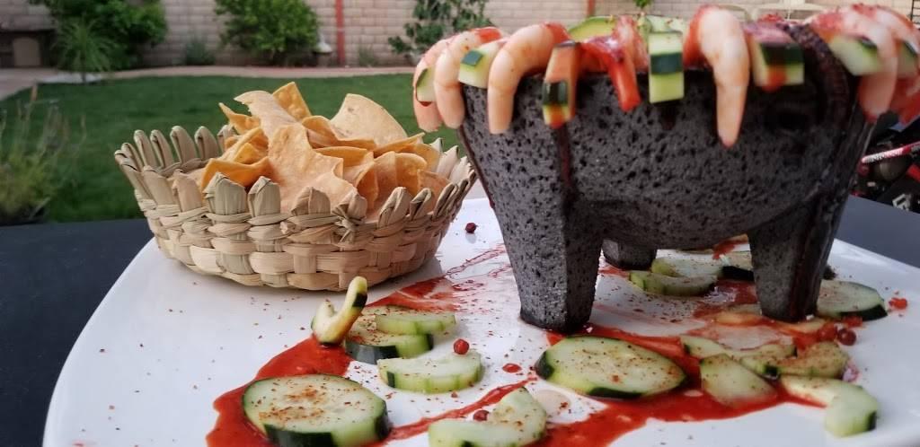 Hijoz de su Madre Mariscos - restaurant  | Photo 3 of 9 | Address: 2497 Riverside Ave, Rialto, CA 92377, USA | Phone: (909) 565-3829