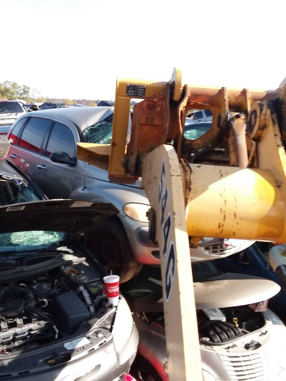 Jack's Used Auto Parts - car repair  | Photo 4 of 8 | Address: 4500 Kellogg Ave, Cincinnati, OH 45226, USA | Phone: (513) 321-7775