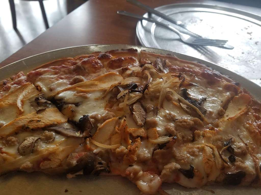Baccis Pizza & Pasta - meal delivery  | Photo 5 of 10 | Address: 3220 E Hebron Pkwy, Carrollton, TX 75010, USA | Phone: (972) 662-7437