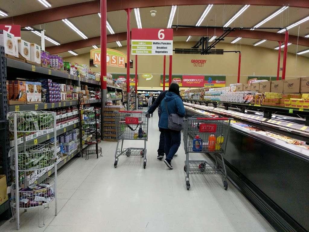 Grocery Outlet Bargain Market - supermarket    Photo 9 of 10   Address: 2900 Broadway, Oakland, CA 94611, USA   Phone: (510) 465-5649
