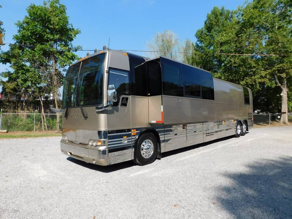 Staley Bus Sales - car dealer  | Photo 2 of 10 | Address: 933 A E Old Hickory Blvd, Madison, TN 37115, USA | Phone: (615) 860-9485