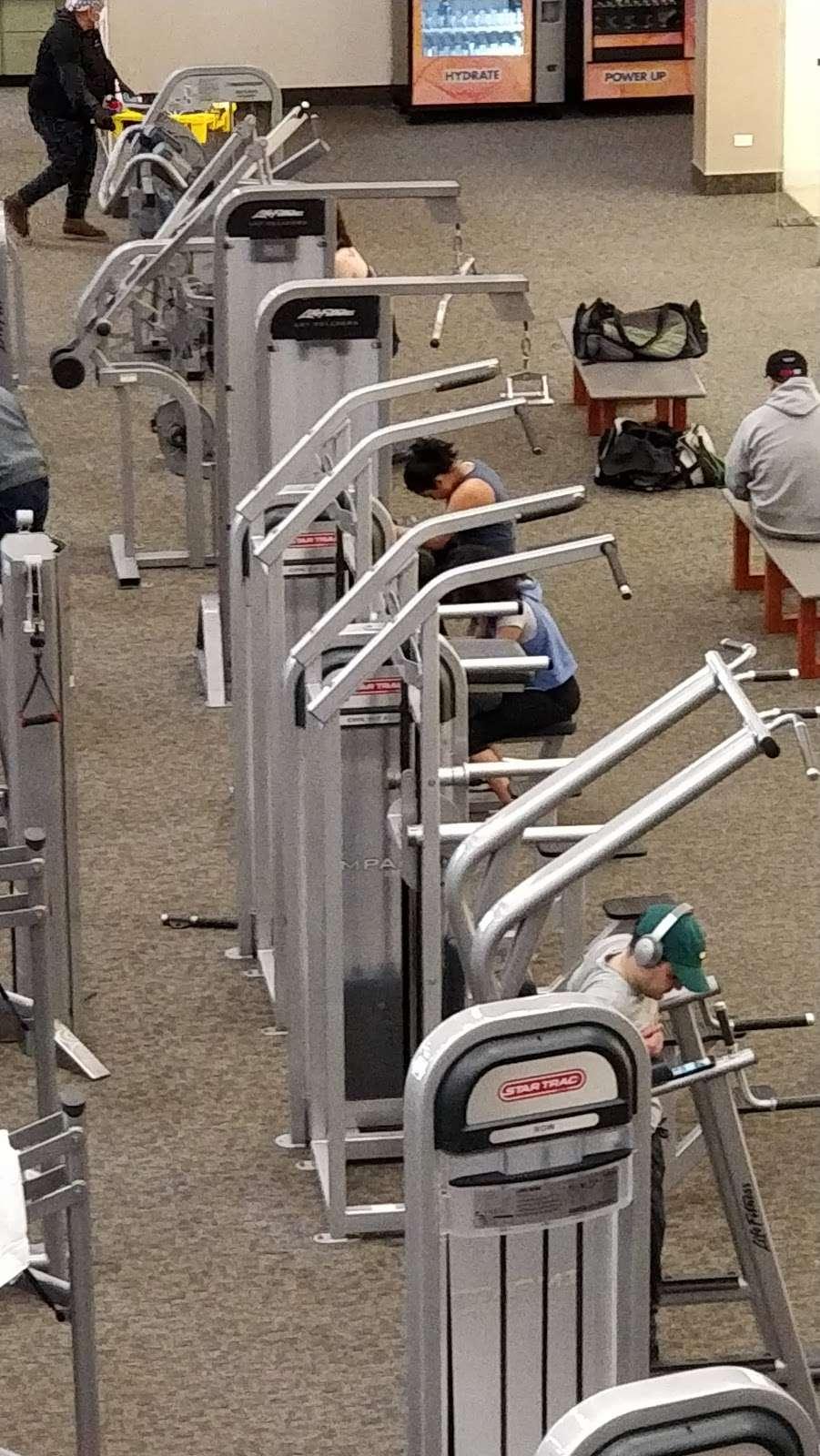 LA Fitness - gym  | Photo 3 of 10 | Address: 452 Lakehurst Rd, Waukegan, IL 60085, USA | Phone: (224) 399-0990