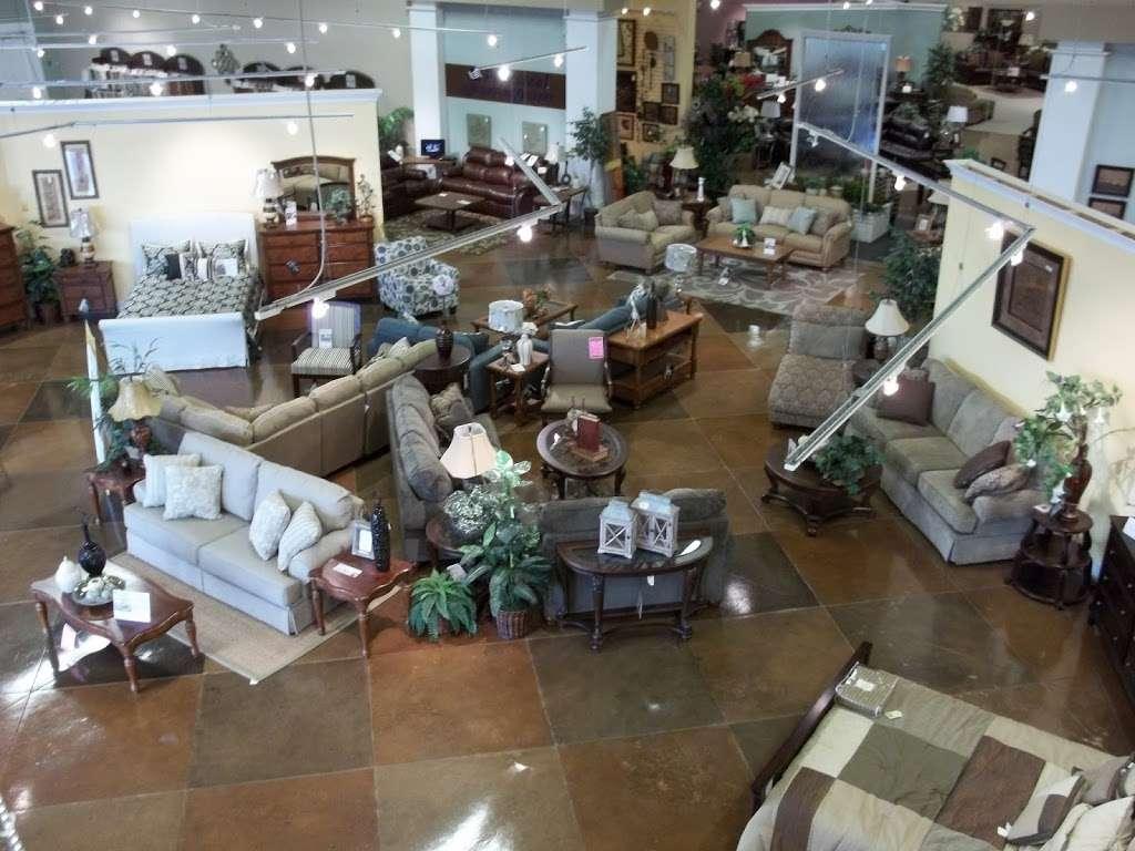 Arwoods Furniture & Mattress - Missouris LARGEST Furniture Sto - furniture store    Photo 3 of 10   Address: 801 Pride Ave, Warrensburg, MO 64093, USA   Phone: (660) 429-2264