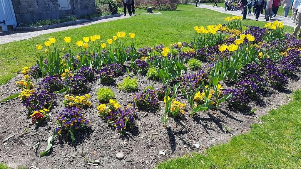 Wave Hill Public Gardens - art gallery  | Photo 3 of 10 | Address: 675 W 252nd St, Bronx, NY 10471, USA | Phone: (718) 549-3200