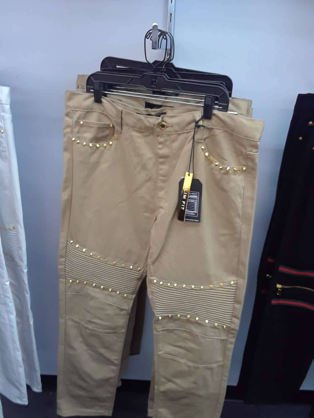 Mr. Guy - clothing store  | Photo 5 of 8 | Address: N Michigan Rd, Indianapolis, IN 46268, USA | Phone: (317) 293-1234
