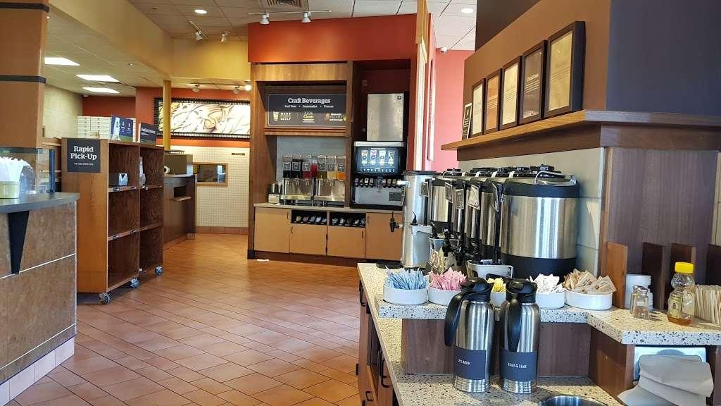 Panera Bread - cafe  | Photo 2 of 10 | Address: 6372 Irvine Blvd, Irvine, CA 92620, USA | Phone: (949) 551-3600