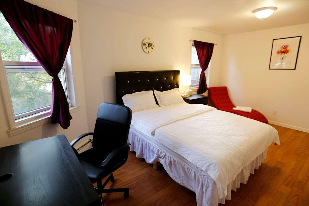New York Guest House - lodging  | Photo 4 of 10 | Address: 02, 133-02 41st Ave, Flushing, NY 11355, USA | Phone: (929) 427-6666