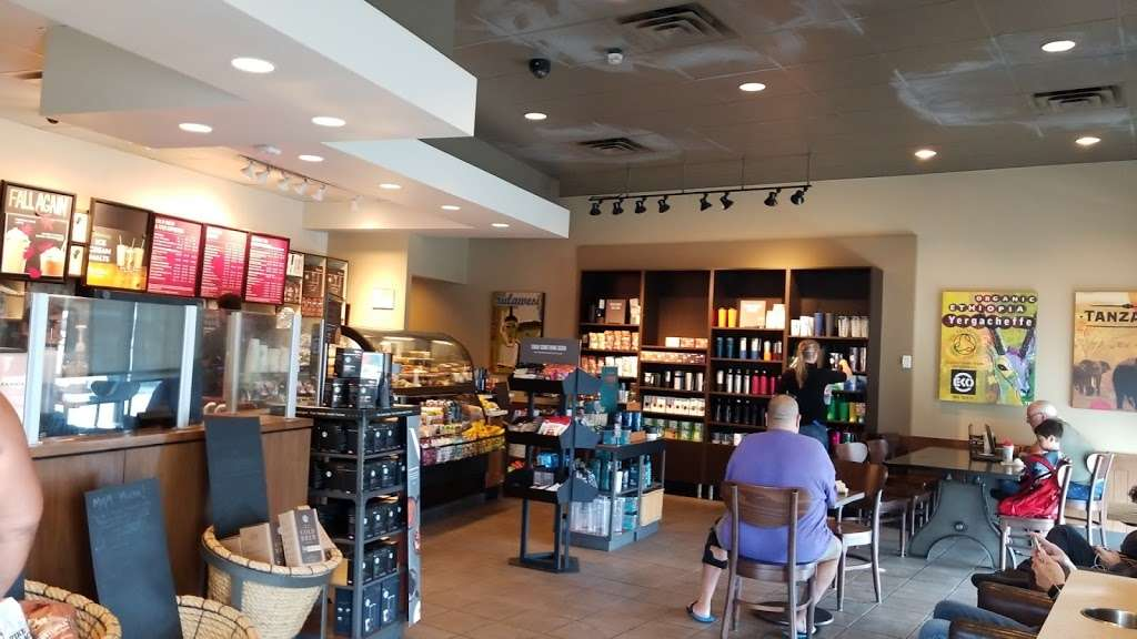 Starbucks - cafe  | Photo 5 of 10 | Address: 7876 Valley View St, Buena Park, CA 90620, USA | Phone: (714) 228-9827