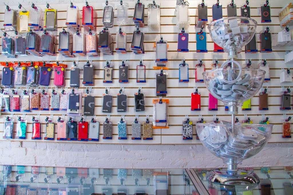QUICK REPAIR & ELECTRONICS - store | Address: 151 Avenue A, New York, NY 10009, USA | Phone: (212) 804-8629