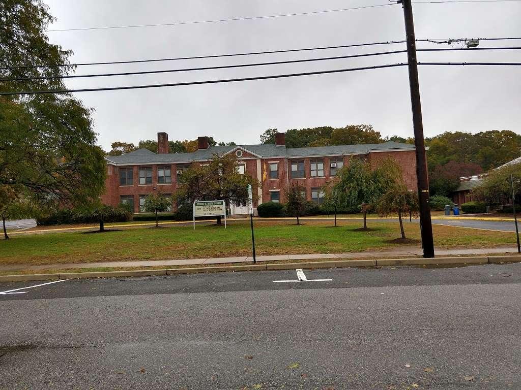 George G White Middle School -   | Photo 1 of 1 | Address: 120 Magnolia Ave, Hillsdale, NJ 07642, USA | Phone: (201) 664-0286