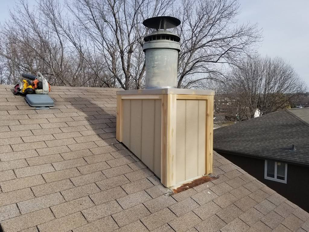 Nathan James Construction - roofing contractor    Photo 6 of 9   Address: 3517 Fairway Dr, Plattsmouth, NE 68048, USA   Phone: (402) 880-5005