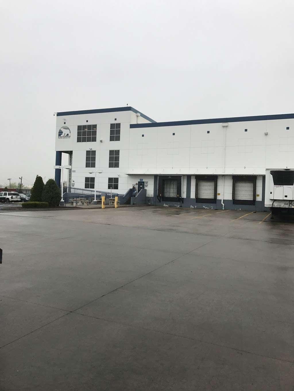 Preferred Freezer Services - storage  | Photo 9 of 10 | Address: 100 Polar Way, Jersey City, NJ 07305, USA | Phone: (201) 915-3800