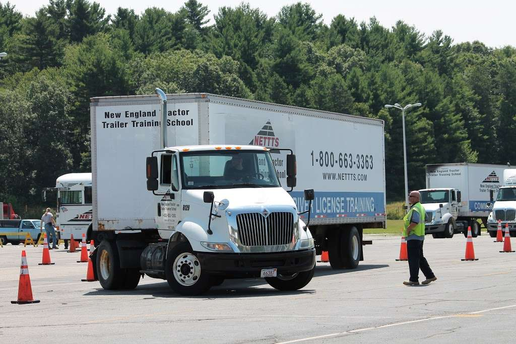New England Tractor Trailer Training School (NETTTS Offers HVAC) - school  | Photo 3 of 10 | Address: 1600 Osgood St #1570, North Andover, MA 01845, USA | Phone: (978) 965-2969