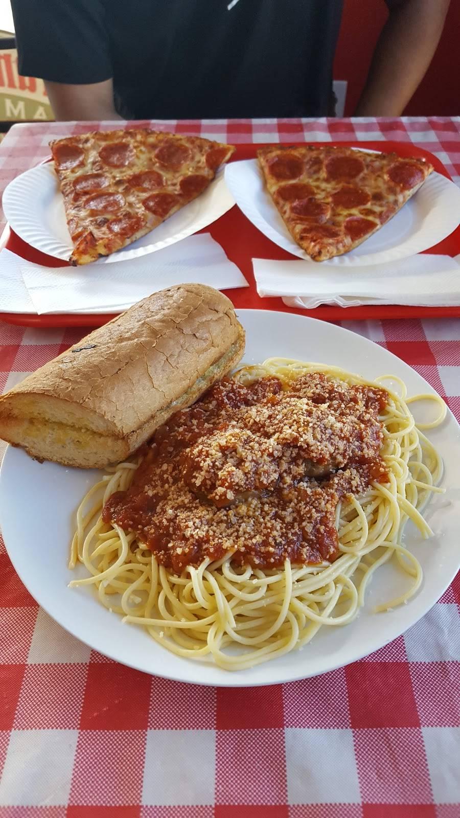 Frankies Famous Pizza - restaurant  | Photo 7 of 10 | Address: 1561 N Cooper Rd #101, Gilbert, AZ 85233, USA | Phone: (480) 507-7777