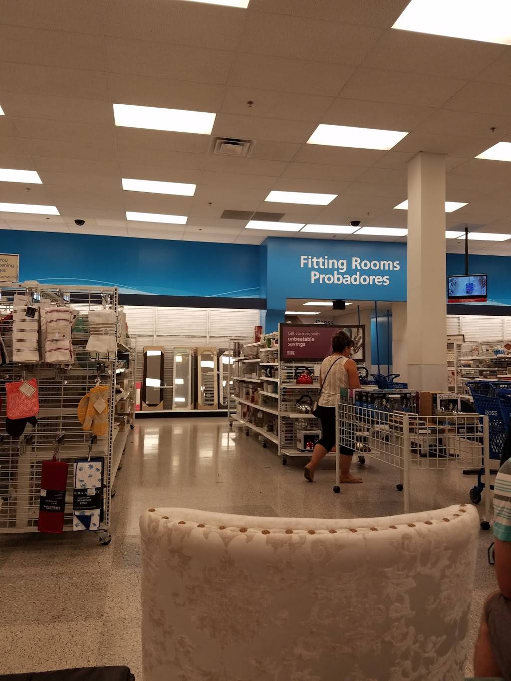 Ross Dress for Less - clothing store  | Photo 2 of 8 | Address: 2483 Naglee Rd, Tracy, CA 95304, USA | Phone: (209) 830-1182