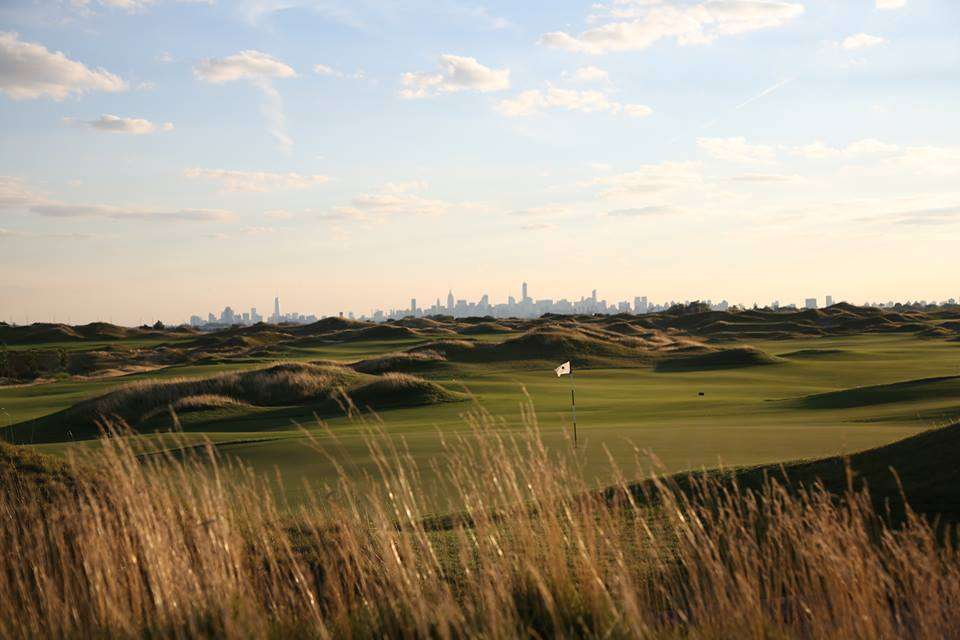 Trump Golf Links, Ferry Point - restaurant  | Photo 1 of 10 | Address: 500 Hutchinson River Pkwy, Bronx, NY 10465, USA | Phone: (718) 414-1555