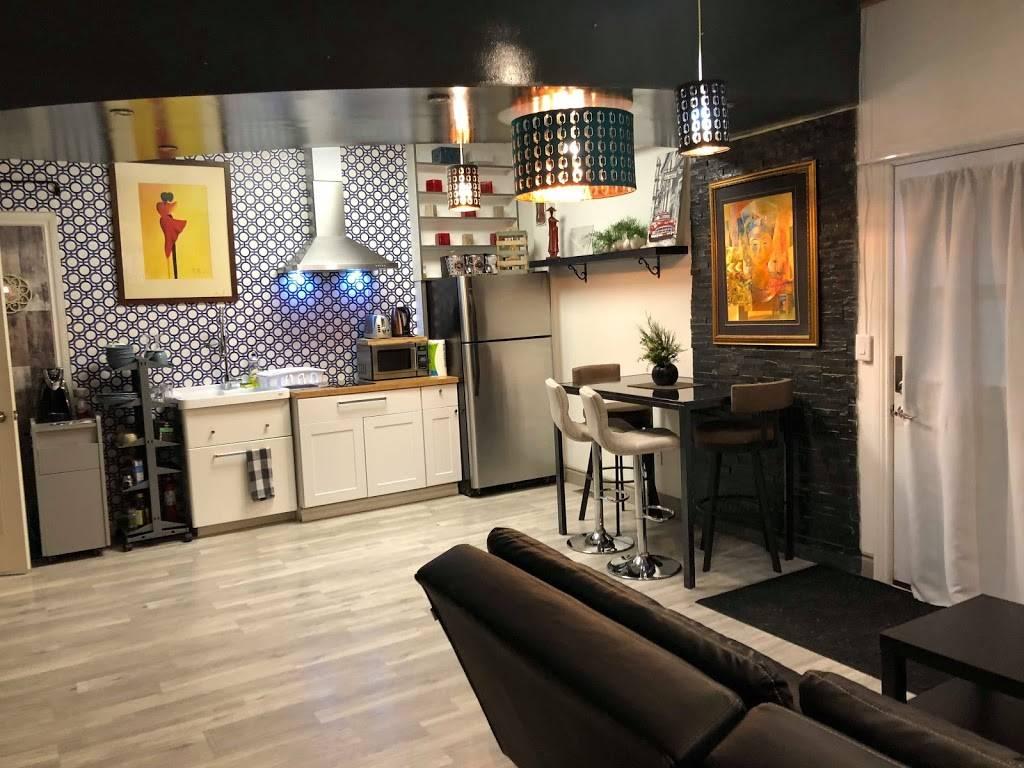 K&D Home Suites, Modern Furnished Rentals - lodging    Photo 5 of 9   Address: 1482 Wyandotte St E, Windsor, ON N9A 3K9, Canada   Phone: (226) 280-8706