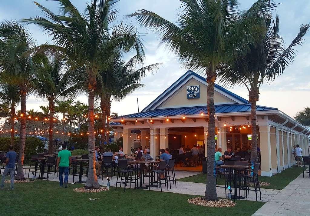 M/Y Cafe - restaurant  | Photo 3 of 10 | Address: 4200 N Flagler Dr, West Palm Beach, FL 33407, USA | Phone: (561) 840-8301