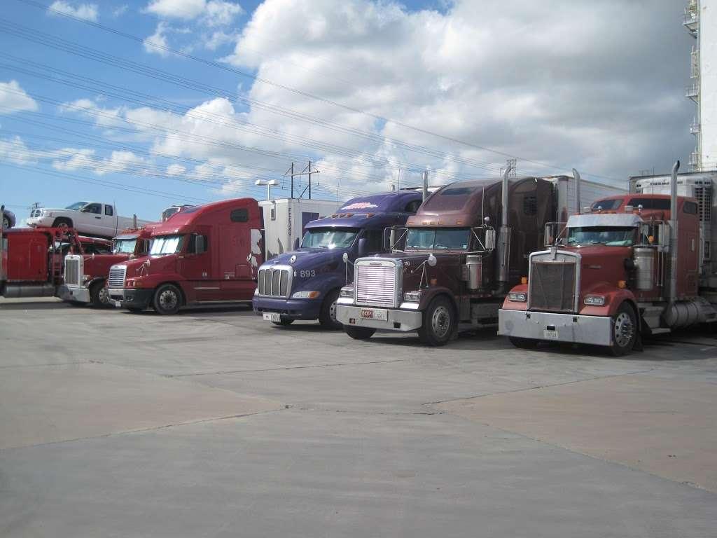 Moodys Travel Plaza - atm    Photo 8 of 10   Address: 9119 Hwy 225, La Porte, TX 77571, USA   Phone: (281) 542-5300