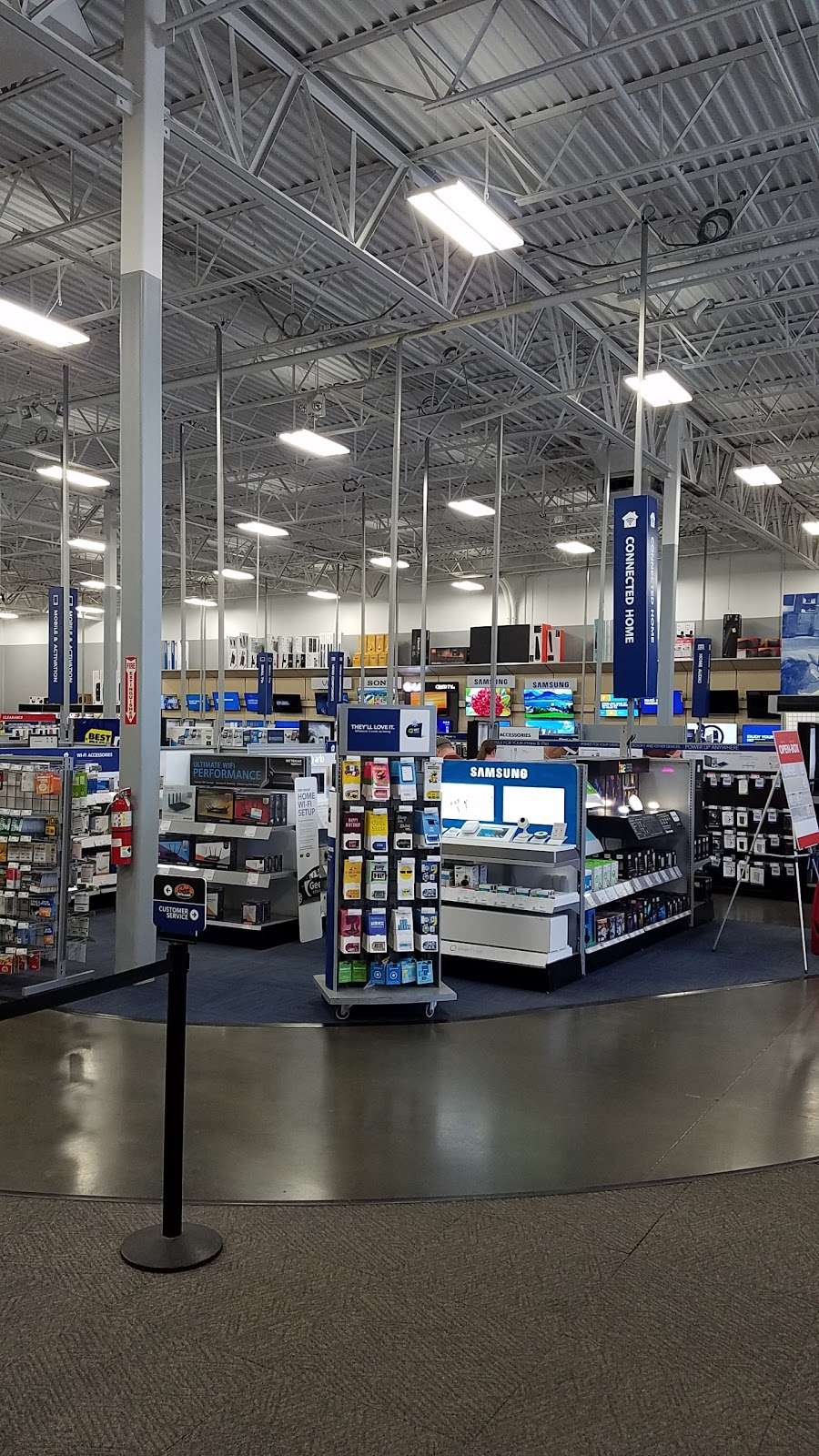 Best Buy - electronics store  | Photo 1 of 10 | Address: 3849 S Delsea Dr, Vineland, NJ 08360, USA | Phone: (856) 765-1880