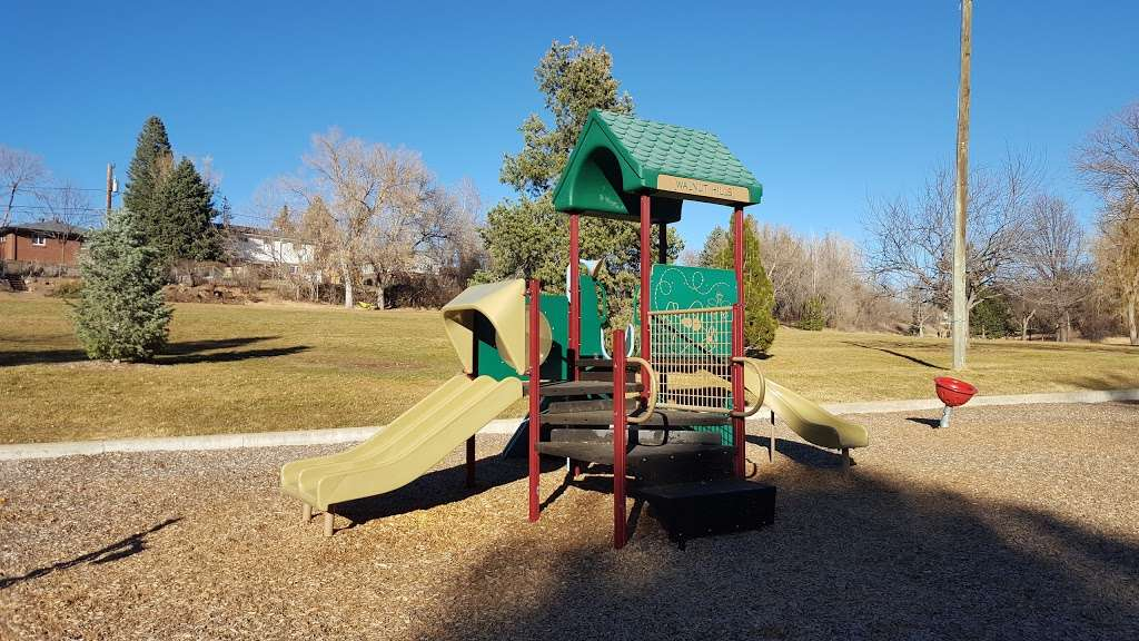 Walnut Hills Park - park  | Photo 1 of 10 | Address: 8443 E Davies Ave, Centennial, CO 80112, USA | Phone: (303) 953-7644