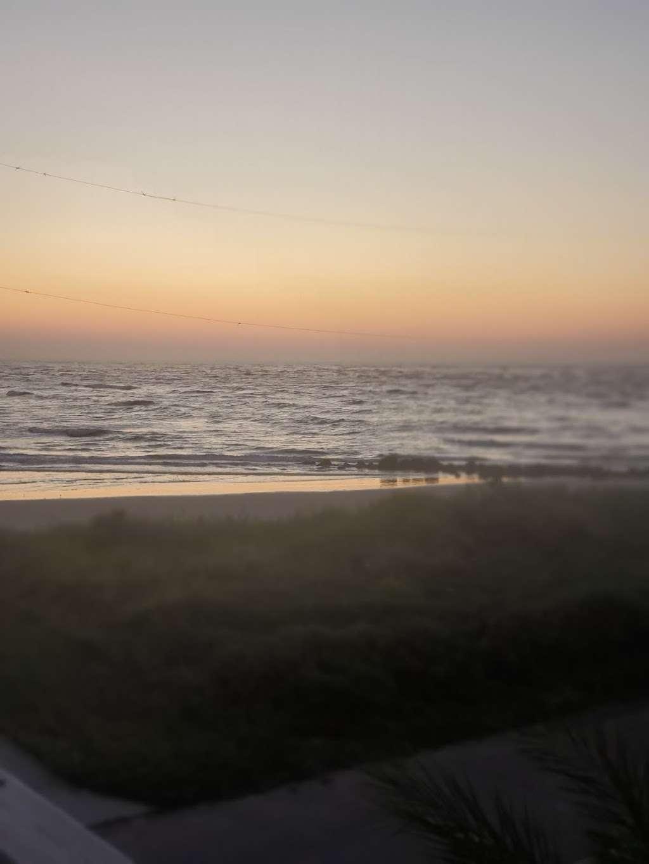 Treasure Trove Vacation Rental - lodging  | Photo 9 of 10 | Address: 13131 Gulf Beach Dr, Freeport, TX 77541, USA | Phone: (979) 799-6970