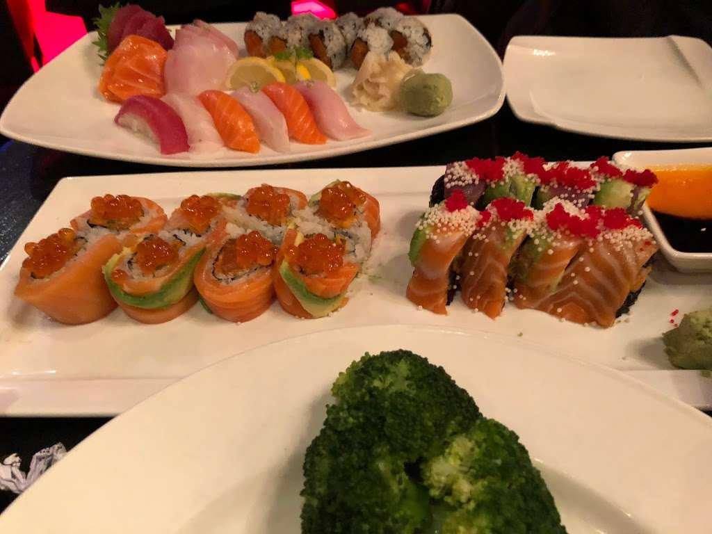 Haiku Asian Bistro - restaurant  | Photo 6 of 10 | Address: 717 White Plains Rd, Scarsdale, NY 10583, USA | Phone: (914) 722-4200