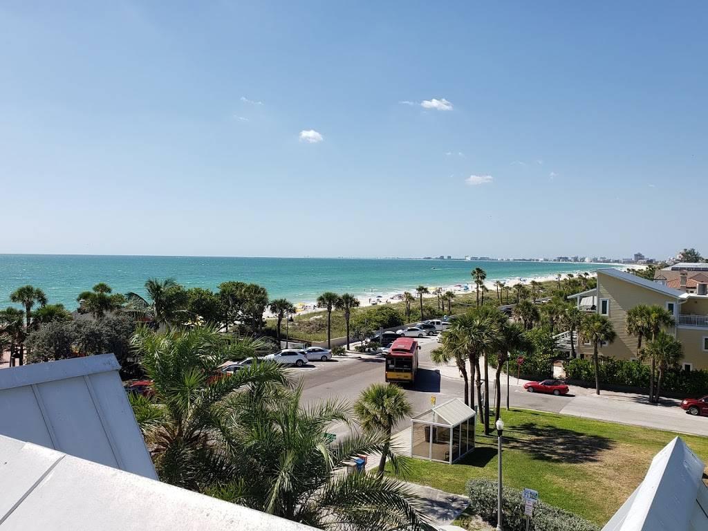 Hurricane Seafood Restaurant - restaurant  | Photo 5 of 9 | Address: 809 Gulf Way, St Pete Beach, FL 33706, USA | Phone: (727) 360-9558