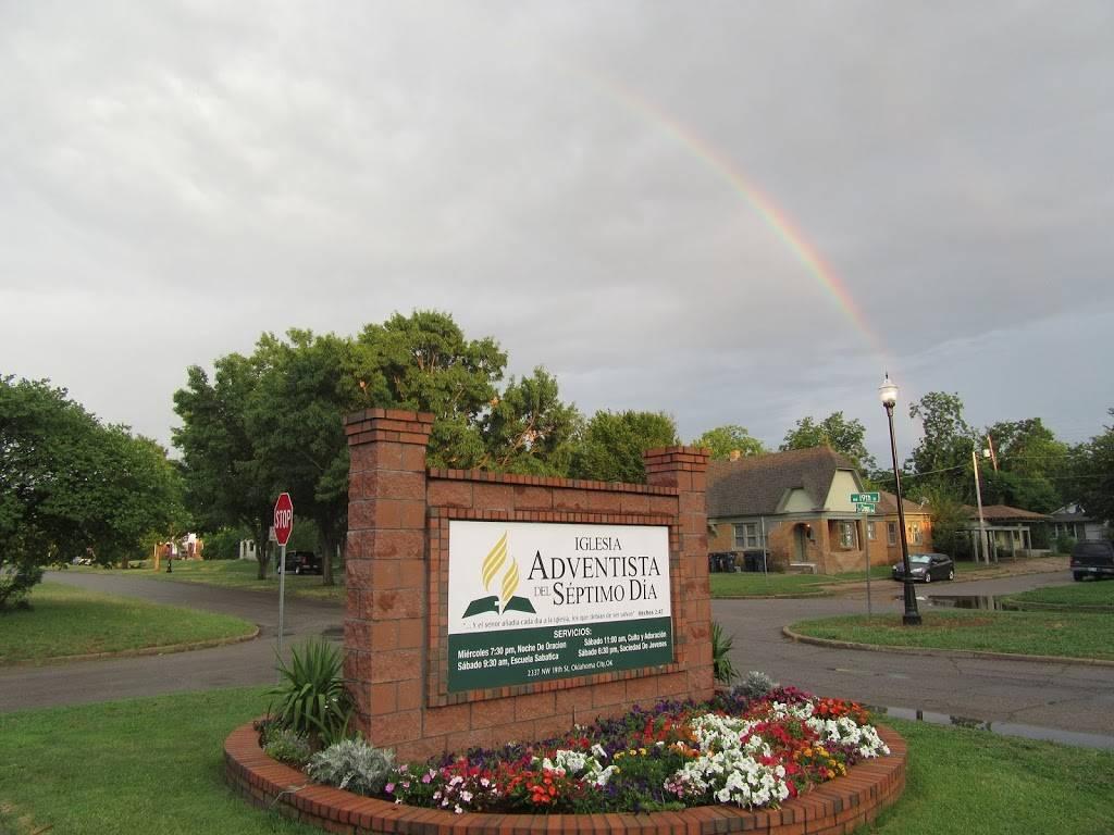 Iglesia Adventista Del Septimo Dia Central Hispana - church  | Photo 1 of 4 | Address: 2337 NW 19th St, Oklahoma City, OK 73107, USA | Phone: (817) 296-2888