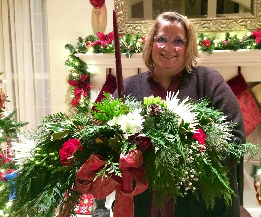 Red Carpet Flower Boutique - florist  | Photo 8 of 8 | Address: 12611 Landmark Ct unit b, Anchorage, AK 99515, USA | Phone: (907) 350-9792