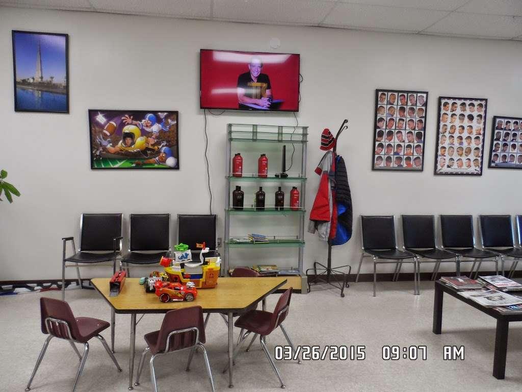 Barber Zone, 9 Cooper Rd, Alexandria, VA 9, USA