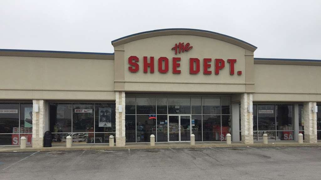 Shoe Dept. - shoe store  | Photo 1 of 10 | Address: 1006 W Broadway St, Monticello, IN 47960, USA | Phone: (574) 583-9815