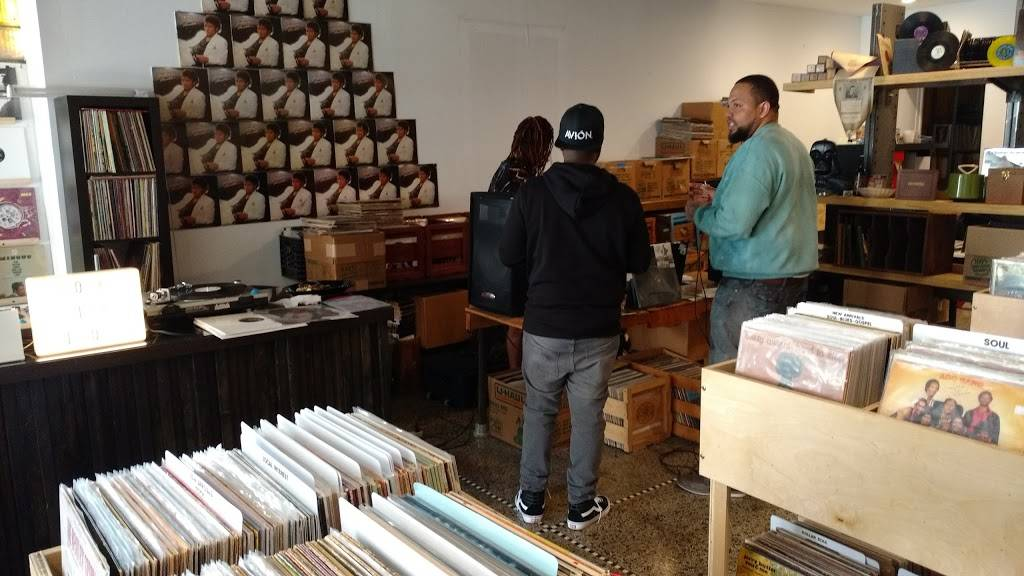 Rock City Records - electronics store  | Photo 8 of 10 | Address: 14401 E Jefferson Ave #2933, Detroit, MI 48215, USA | Phone: (313) 499-1540
