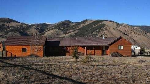 Temecula Valley Horse Property - real estate agency    Photo 5 of 10   Address: 40750 Carmelita Cir, Temecula, CA 92591, USA   Phone: (951) 966-1389
