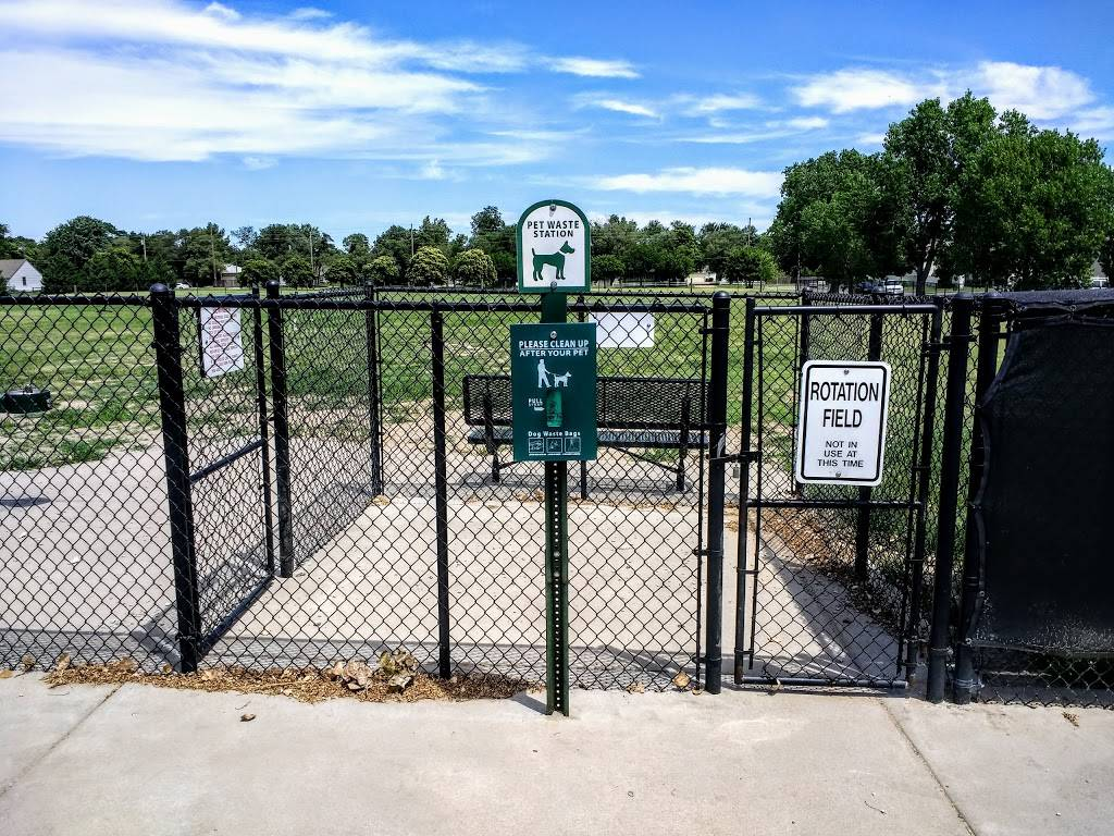 Meridian Dog Park - park  | Photo 6 of 9 | Address: 2127 N Meridian Ave, Wichita, KS 67203, USA | Phone: (316) 268-4361