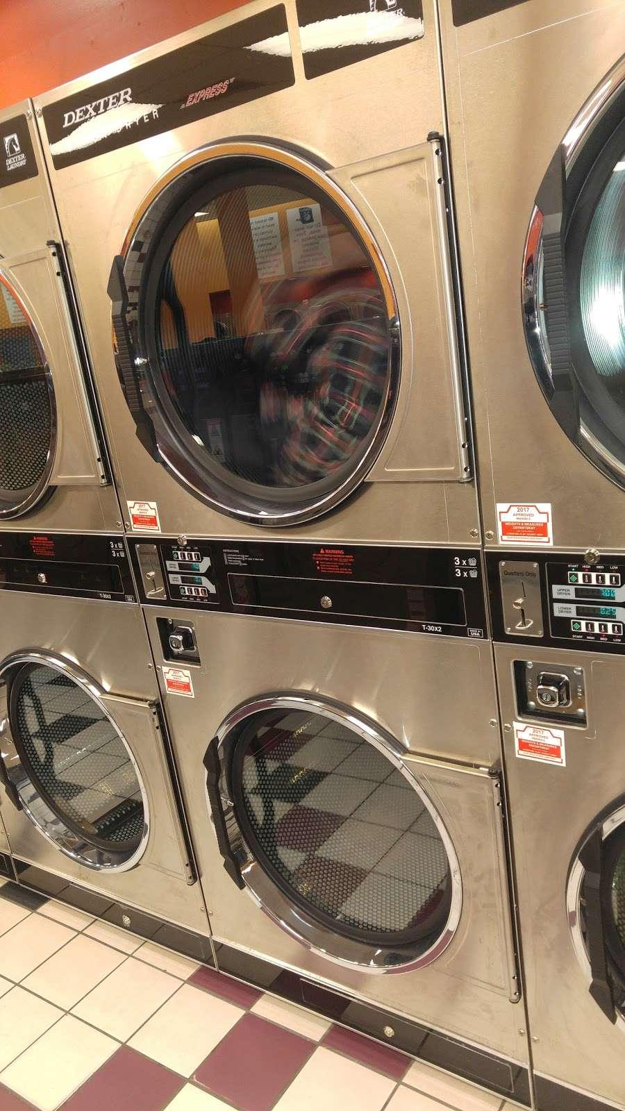 Bubbleland - laundry  | Photo 5 of 8 | Address: 4544 Calumet Ave, Hammond, IN 46327, USA | Phone: (219) 501-7123