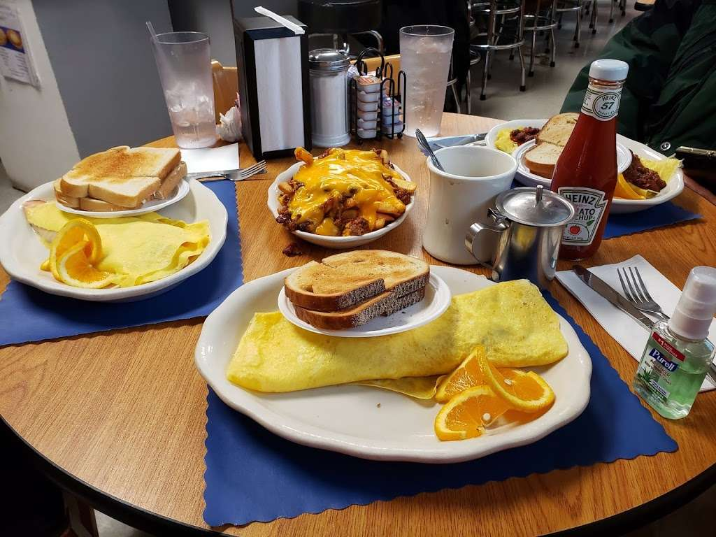 Lucilles Country Cooking - restaurant  | Photo 7 of 10 | Address: 1496 Main St, Barnegat, NJ 08005, USA | Phone: (609) 698-4474